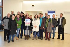 Vertreter der Grünen Feldkirchen-Westerham, Heinz Oesterle von der SPD und Engagierte im Rathaus